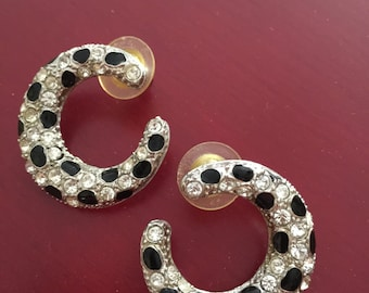 Oreile Panther Cabouchon inspiration Cartier earrings