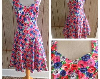 Vintage 90's gorgeous sweetheart bust floral halter dress - m
