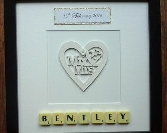 10x10 Frame Plastic/Wooden Scrabble Art Picture Wooden Mr & Mrs Heart 14 Colours Personalised Family Wedding Anniversary Engagement Birthday