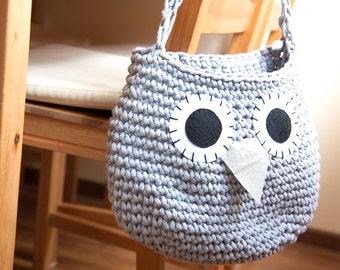 Knitted shoulder bag owl 42 colors