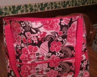 Large tote/ diaper bag with pockets