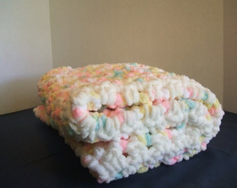 Baby Blanket - soft and chunky