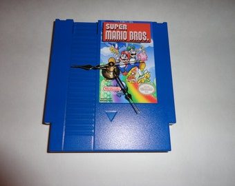 Custom NES Super Mario Bros. Wall Clock Quartz Nintendo Mario Luigi Decoration Color BLUE