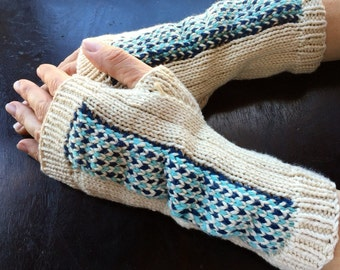 Fingerless mitts, cream and blue.