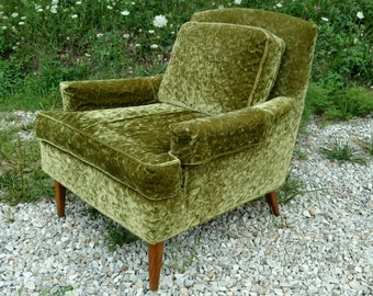 Mid-century 60s 1960s mod modern green crushed velvet chair perfect shape living room lounge chair