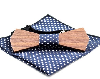 Walnut Wooden Bow Tie with matching Pocket Square