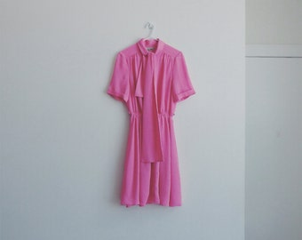 1950s vintage pink dotted dress
