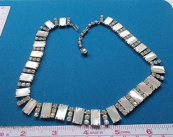 Lovely Art Deco Style Silvertone & Diamanté Necklace - c1950