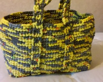 Gray and yellow tote