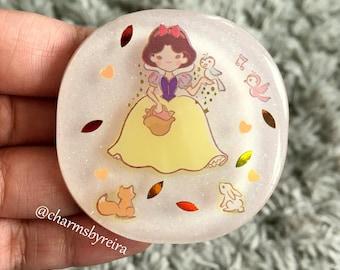 Snow White Bag Charm/ Key Ring/ Magnet