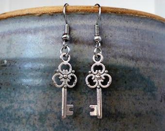 Earrings with key rings - silver