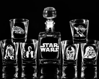 STAR WARS Glass Whiskey decanter Set (17 oz.) & glasses Christmas gift Scotch decanter Gift for him Gift for men Decanter Fathers gift