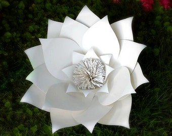 Extra-Large White Paper Flower