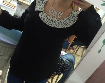 Lace blouse with round collar Sz 46