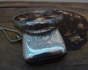 charming quality vintage english sterling silver bangle engraved front
