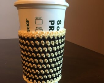 Crochet cup holder, cup cozy