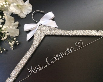 Glitter Bridal Hanger, Custom Wedding Hanger,Personalized Wedding Hanger,Bride's Gift,Bridesmaid Hanger,Mrs Hanger,wedding shower gift