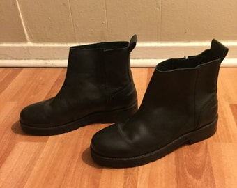 Urban Outfitters black chelsea boots