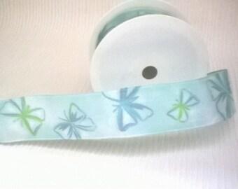 40 mm Ribbon Daisy light blue with green taffeta Wired Ribbon