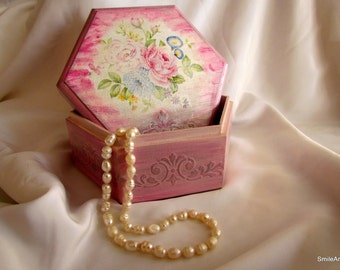 Jewelry box, jewelery, Decoupage technique, gift for her, wooden jewelry box