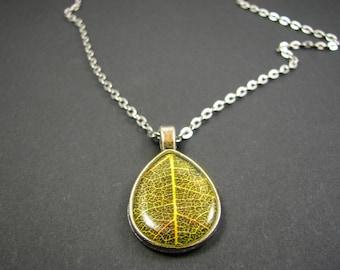 Green Teardrop necklace, Leaf jewelry, Silver teardrop, Green drop, Botanical jewelry, Green leaf necklace, Leaf texture,  Resin jewelry