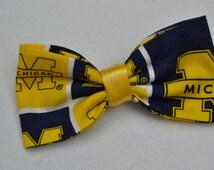 University of Michigan hair bow / fabric bow / sports hair bow / UM  hair bow clip