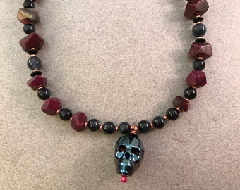 Creative heART Challenge: Gothic Beauty Necklace