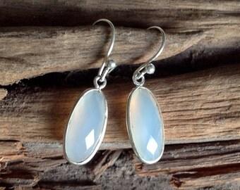 """""""BOMBAY"""" - Moon stone earrings"""