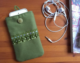 """Smartphone pouch """"Green tulle"""" 15 x 9.5 cm soft inside - smartphone case, smartphone cover or smartphone sleeve"""