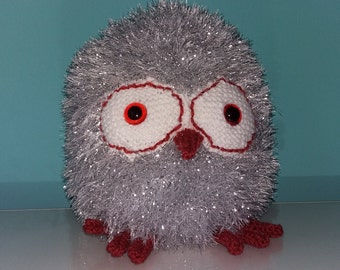 Handmade Knitted Silver Owl - Large