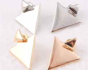 Women's Triangle Stud Earrings