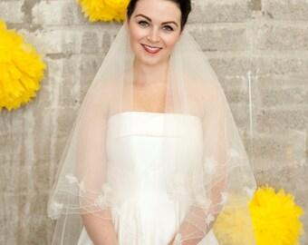 Daisy veil