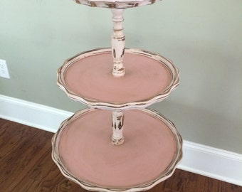 Vintage Pie Crust Table