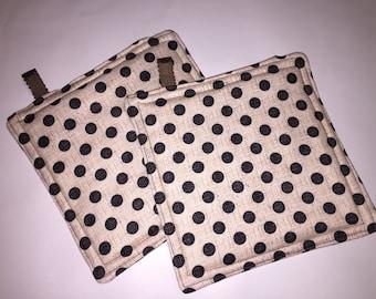 Polka dot hot pad pot holders