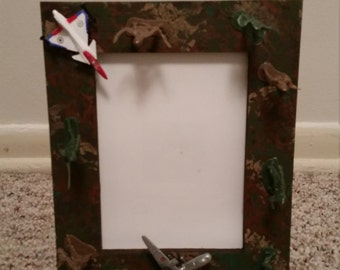 Camouflage Army frame