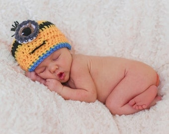 Newborn Crochet Minion Hat & Overalls