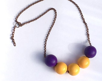Beaded necklace on brass chain