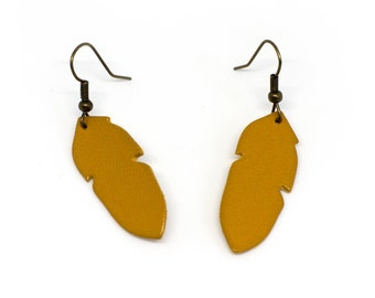 "Earrings leather feathers ""The graceful"" hand made mustard"