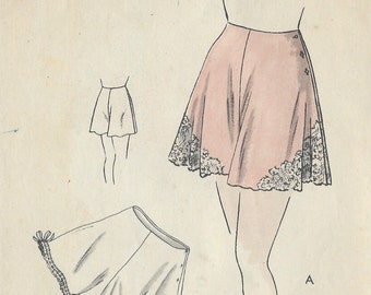 1940s Vintage VOGUE Sewing Pattern W28 PANTIE (R937) Vogue 6321