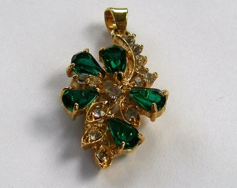 Green and clear rhinestone gold tone pendant