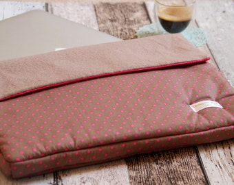 13 inch laptop case or MacBook Pro dotted brown and pink