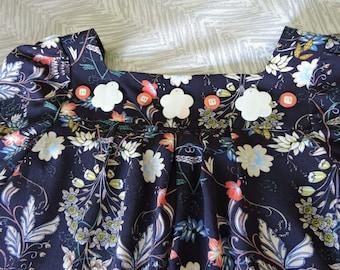Tween girls retro paisley print navy blue dress on yoke with button trim