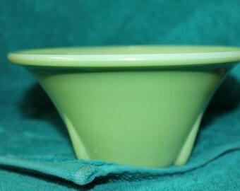Vintage Akro Agate small Jadeite green Slag Glass Bowl, Art Deco Design 6 in !!!