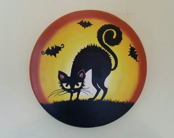 Scary Cat, glow-in-the-dark, Halloween decor, wall decor, black cat, wooden, round sign
