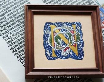Illuminated letters (Renaissance: White Vine)