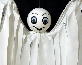 Halloween Decoration Outdoor Decor Hanging Ghost Friendly Flyer Yard Art