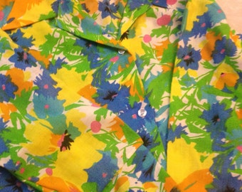 1970's Bright Floral Blouse.  Plus, xl, xxl