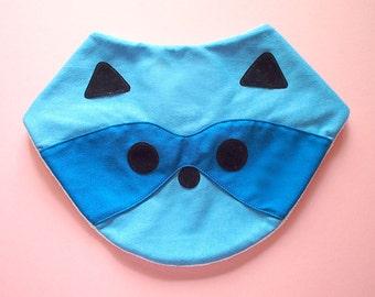 Raccoon Bib, Baby Bib, Bandana Bib, Cotton Jersey Bib, Drool Bib, Animal Bib, Baby Shower Gift, Velcro Bib, Newborn Gift, BLUE RACCOON bib