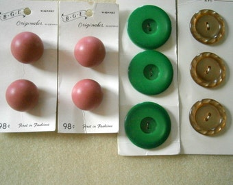 4 Vintage Button Cards, 10 Vintage Buttons, Holland, Japan