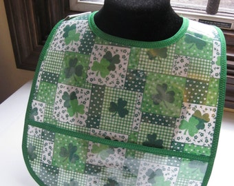 WATERPROOF WIPEABLE Baby to Toddler Plastic Coated Bib Green Shamrock St Patrick's Day